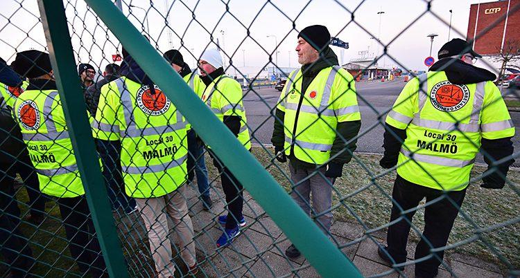 Arbetare i hamnen i Malmö