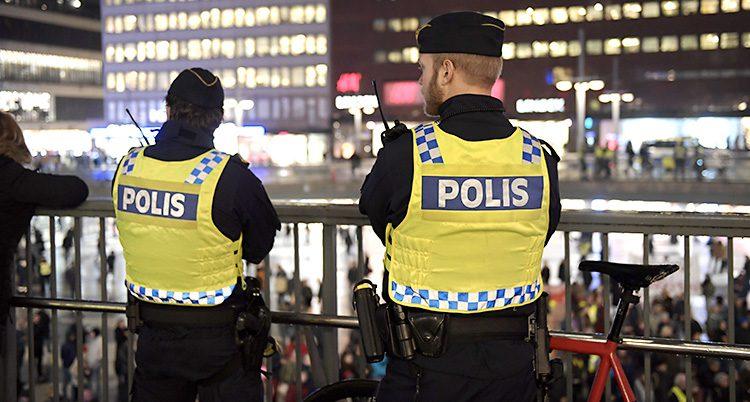 Poliser i Stockholm.