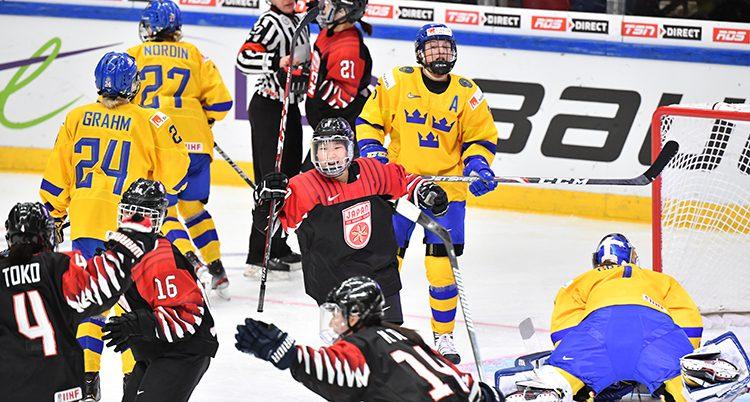 Japan vann mot Sverige i VM