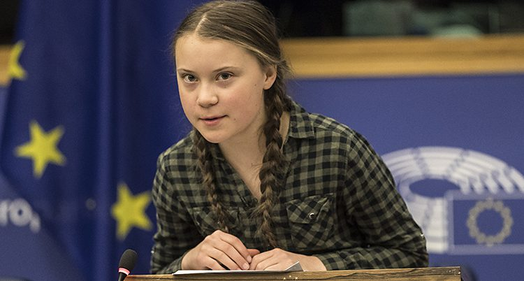 Greta Thunberg talar i EUs riksdag.