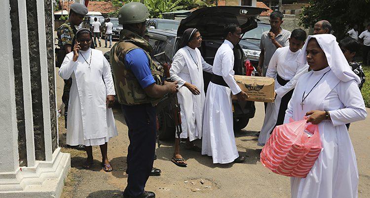 Kristna nunnor och präster i Sri Lanka