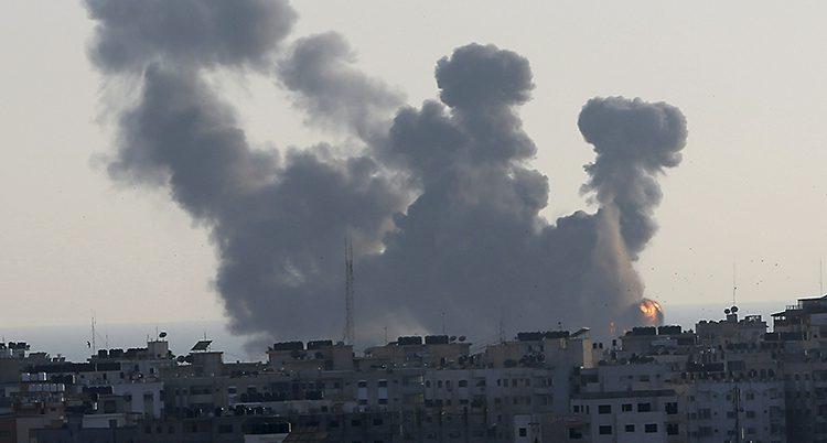 Bomber fälls i Gaza