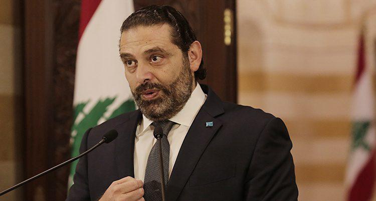 Libanons ledare håller ett tal.