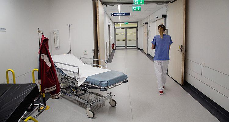 En sjukhuskorridor.