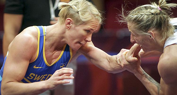 Jenny Fransson i en match.