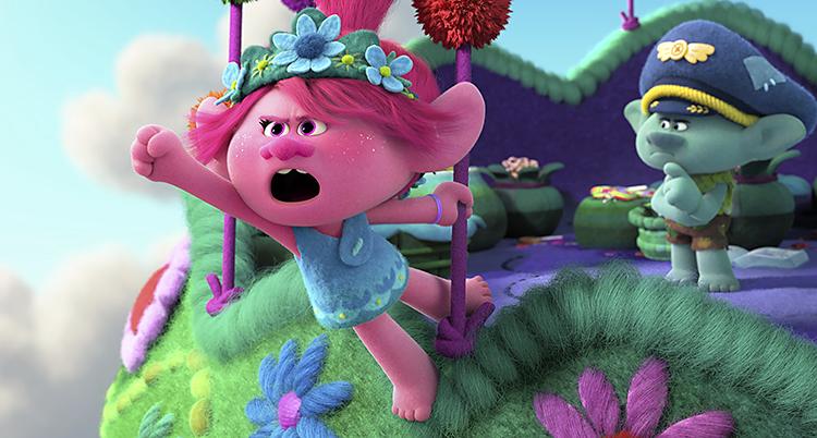 En bild från filmen. Ett rosa tecknat troll bredvid ett grönt tecknat troll