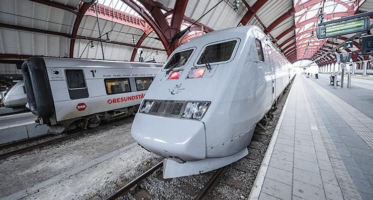 Ett tåg står på stationen i Malmö