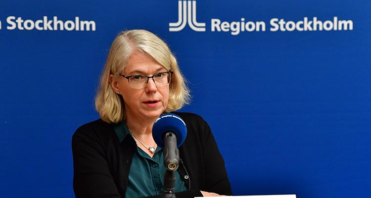 Maria Rotzén Östlund på en presskonferens vid ett annat tillfälle.
