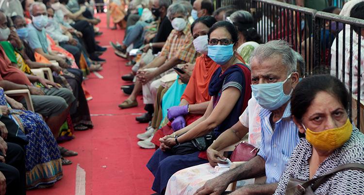 APTOPIX Vurus Outbreak India