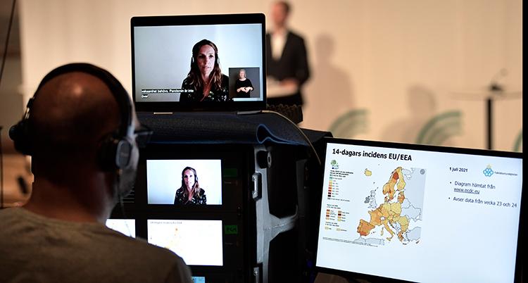 Bild från presskonferens med Folkhälsomyndigheten.