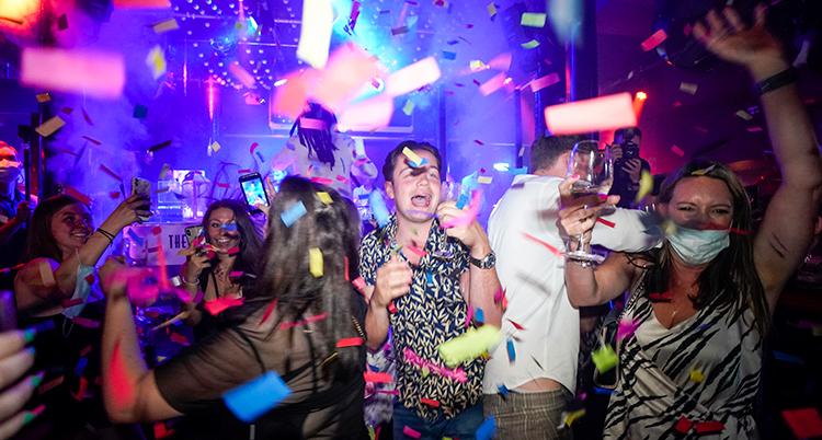 Bild på nattklubb i England.