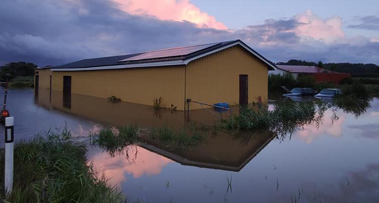 Översvämning vid lada i Lysekil